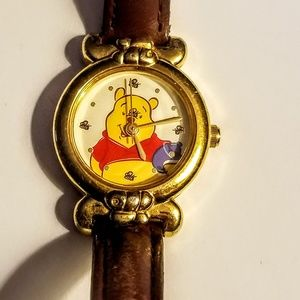 Disney Accessories - Disney Whinne the Pooh watch